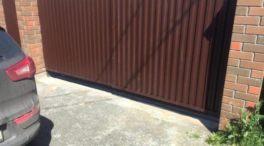 Установка распашных ворот в г. Тула.