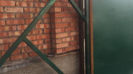 Процесс монтажа откатных ворот в городе Одоев