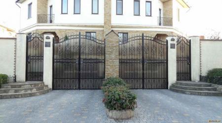 Распашные ворота и их назначение